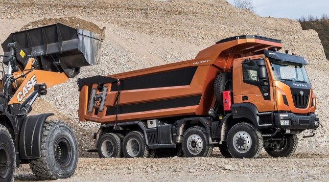 Astra HHD9 quarry haul truck